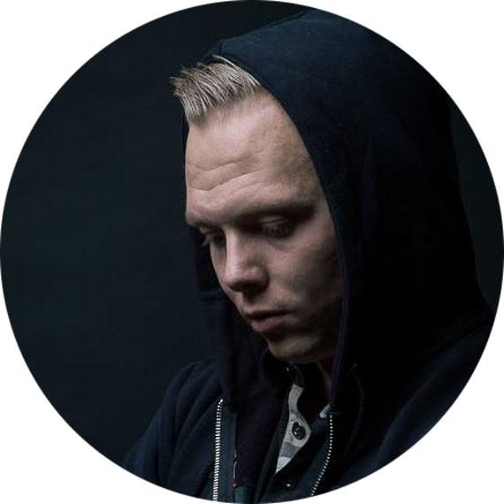 Niklas-Poulsen-570